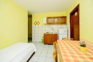 Apartments Mira, Apartmány  Bibinje - big - 3