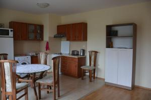 Iris Apartments, Apartmány  Sveti Konstantin i Elena - big - 3