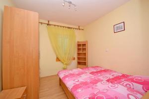 Apartment Ivan, Apartmány  Novalja - big - 9
