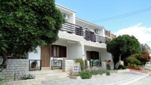 Holiday Home Apartment Tedo