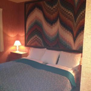 Accommodation in Alex
