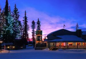 Accommodation in Silver Star Mountain