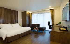Poonsa Hanoi Hotel