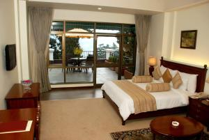 The Manu Maharani, Hotels  Nainital - big - 12