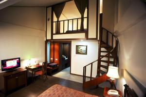 The Manu Maharani, Hotels  Nainital - big - 23