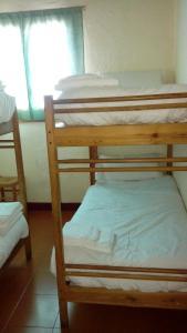 Refugi Cap del Rec, Hostely  Lles - big - 8