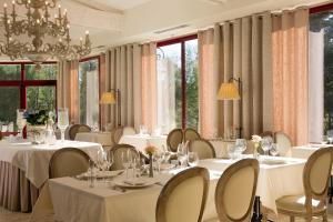 Chateau Laroche-Ploquin, Hotely  Sepmes - big - 28