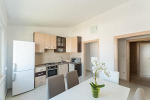 Apartments Mavračić, Ferienwohnungen  Vir - big - 6