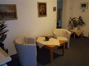Hotel Restaurant Gunsetal, Hotels  Bad Berleburg - big - 21