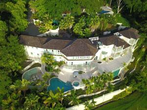 Villa Carpathia, Vily  Mount Irvine - big - 24