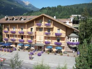 Hotel Vallechiara - Moena