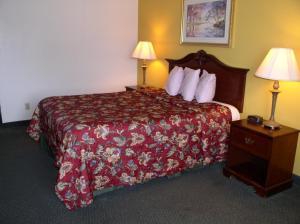 """Americas Best Value Inn - Osceola"""