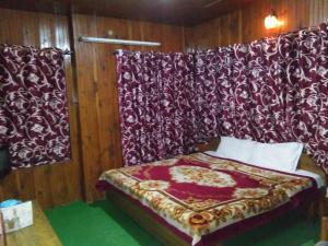 Hotel Hema Holiday Home