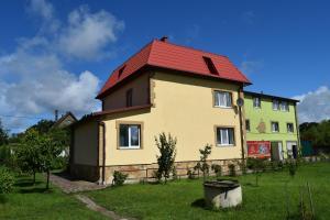Usadba v kamishakh - Morskoye