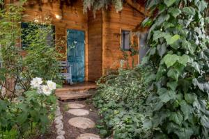 Aley Galil, Turistaházak - Amuka