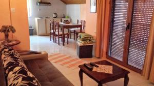 Sole Apartments, Apartments  Kotor - big - 78