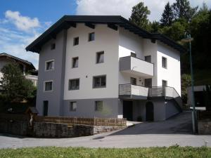 Ferienwohnung Nuener - Apartment - Grins