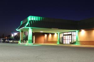 Travelodge Sturgis- Michigan, Motels  Sturgis - big - 27