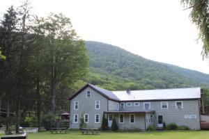 Catskill Seasons Inn - Hotel - Shandaken