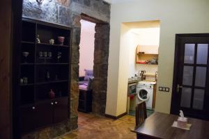 Center Apartment Nalbandyan, Appartamenti  Erevan - big - 23