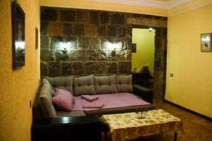 Center Apartment Nalbandyan, Appartamenti  Erevan - big - 27