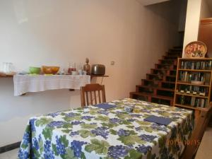 B&B Neverland, Bed and Breakfasts  Marrùbiu - big - 11