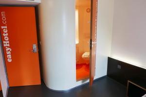 easyHotel Zürich, Hotely  Curych - big - 10