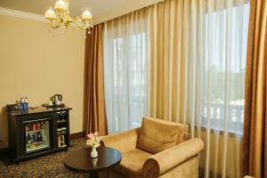 Intourist Batumi Hotel, Hotels  Batumi - big - 10