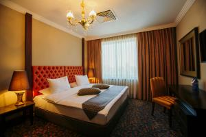 Intourist Batumi Hotel, Hotels  Batumi - big - 11