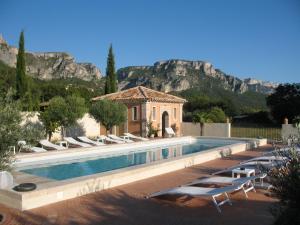 Location gîte, chambres d'hotes La Ferme Rose-Hôtel de Charme dans le département Alpes de haute provence 4