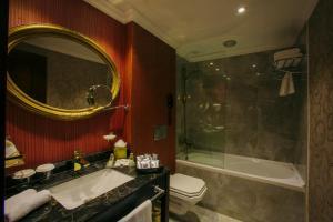 Intourist Batumi Hotel, Hotels  Batumi - big - 8
