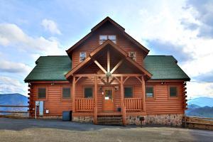 Wavyleaf Retreat - Three Bedroom - Park Settlement