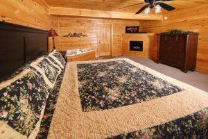 Mayberry - Three Bedroom, Дома для отпуска  Севьервилл - big - 56