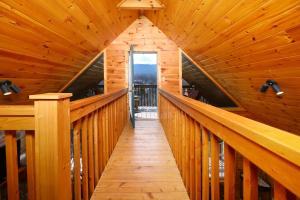 Fireside Memories - Two Bedroom, Дома для отпуска  Севьервилл - big - 17