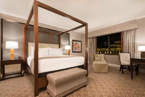 Caesars Palace Las Vegas Hotel and Casino (20 of 109)