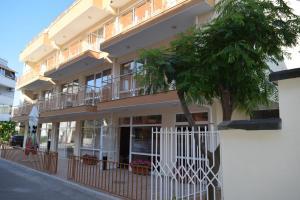 Hotel Eva, Hotely  Ravda - big - 24