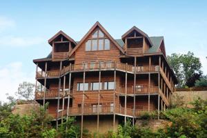 Serenity Mountain Pool Lodge - Nine Bedroom, Prázdninové domy  Sevierville - big - 21