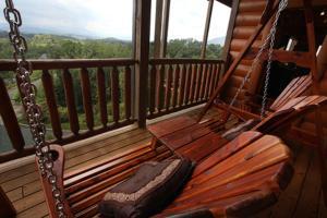 Serenity Mountain Pool Lodge - Nine Bedroom, Prázdninové domy  Sevierville - big - 13