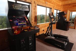 Serenity Mountain Pool Lodge - Nine Bedroom, Prázdninové domy  Sevierville - big - 29