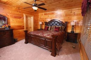 Serenity Mountain Pool Lodge - Nine Bedroom, Prázdninové domy  Sevierville - big - 46