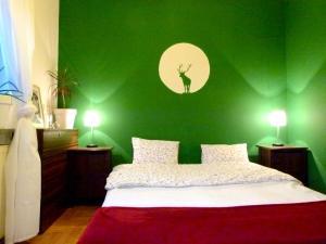 Green Deer Apartment