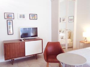 Angela's Apartment - AbcAlberghi.com