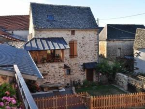 House Le grenier à grains, Prázdninové domy  Montirat - big - 3