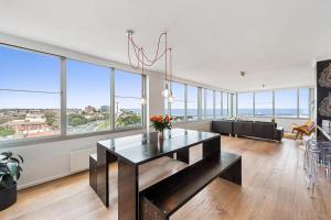 Espresso Apartments - St Kilda penthouse with panoramic Bay and City views, Apartmanok  Melbourne - big - 6