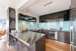 Espresso Apartments - St Kilda penthouse with panoramic Bay and City views, Apartmanok  Melbourne - big - 8