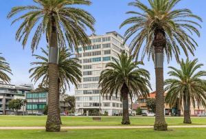 Espresso Apartments - St Kilda penthouse with panoramic Bay and City views, Apartmanok  Melbourne - big - 5