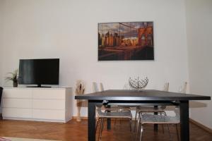 . Murtal Apartments