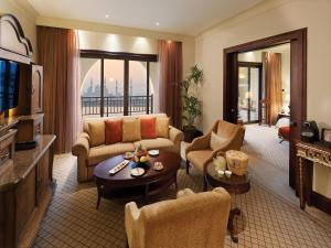 Shangri-La Hotel Qaryat Al Beri (35 of 51)