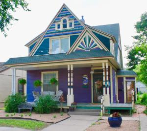 The Cottage Inn - Apartment - Great Bend