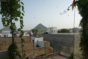 rasta cafe and rooms pushkar